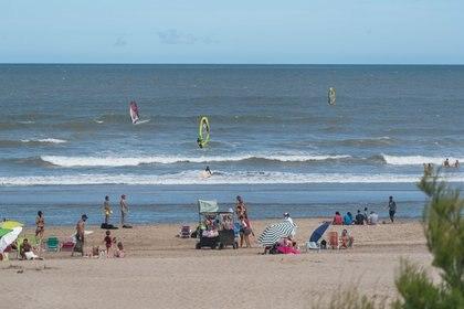 El wind surf fue otro de los deportes acuáticos que ganó adeptos este enero 2021