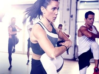 Zumba, el ejercicio más completo para practicar (Prensa Strong)