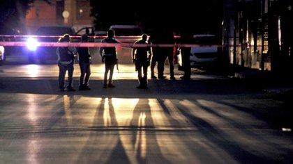Padrastros entregaron a un menor que estuvo implicado en un asesinato en la Escandón
