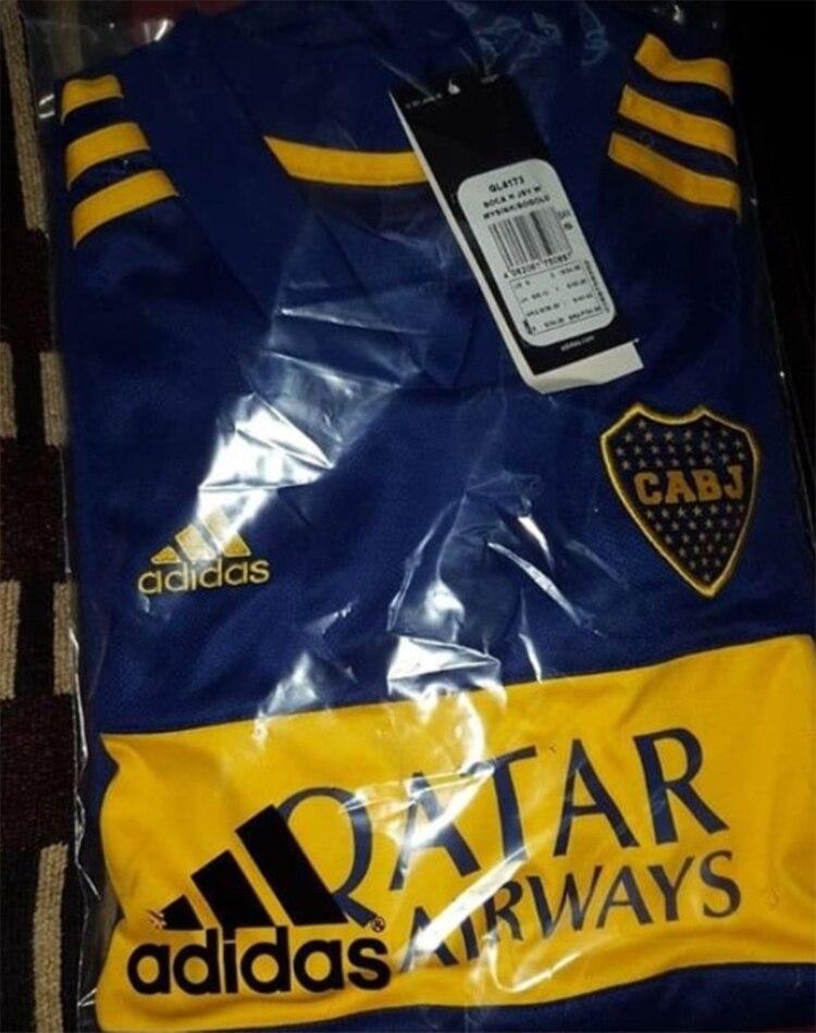 La nueva camiseta titular de Boca que se filtró en las redes sociales
