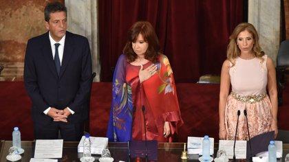 La ex gobernadora de Santiago del Estero acompaña a Cristina Kirchner en la presidencia del Senado (Franco Fafasuli)