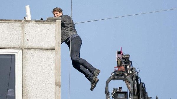 Tom Cruise chocó tan fuerte contra la pared que se rompió el tobillo