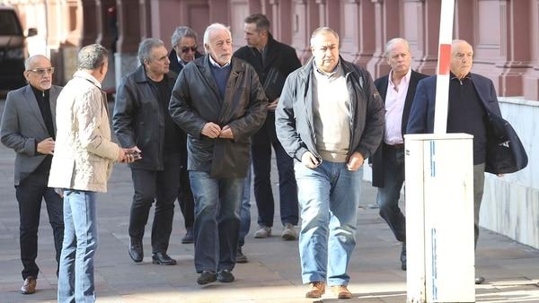 Los sindicalistas optaron por no hacer declaraciones tras el encuentro (Sebastián Pani)