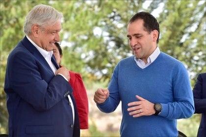 Se reunió con el presidente Andrés Manuel López Obrador hace siete días, el gobernador de Hidalgo Omar Fayad y Esteban Moctezuma, Secretario de Educación Pública Foto:@ArturoHerrera_G