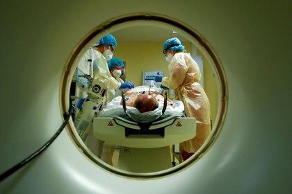 En ningún momento el sistema sanitario argentino colapsó en forma abrupta - REUTERS/Fabrizio Bensch/File Photo