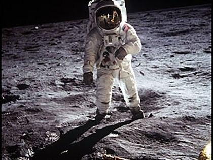 """Eugene """"Buzz"""" Aldrin en la Luna, una de las más icónicas imágenes del hombre en el satélite"""