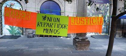 Niunrepartidormenos es un colectivo que agrupa a diversos repartidores en la república mexicana y surgió en 2018 (Foto: Facebook Niunrepartidormenos)