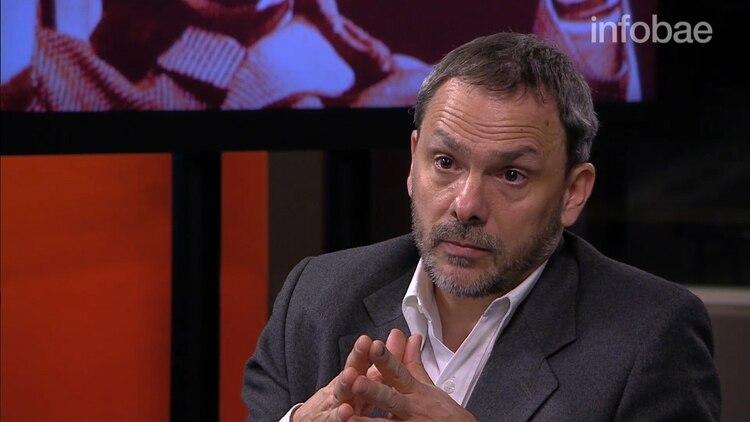 El escritor y periodista Claudio R. Negrete