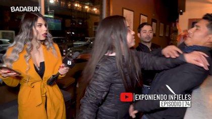 """""""Exponiendo infieles"""" es uno de los programas más famosos del canal. (Foto: Captura de pantalla)"""