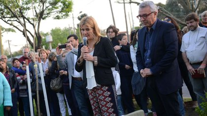 La madre de Matías Berardi durante un acto en su recuerdo (foto Municipio de Tigre)
