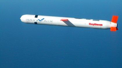Un misil de crucero estadounidense Tomahawk