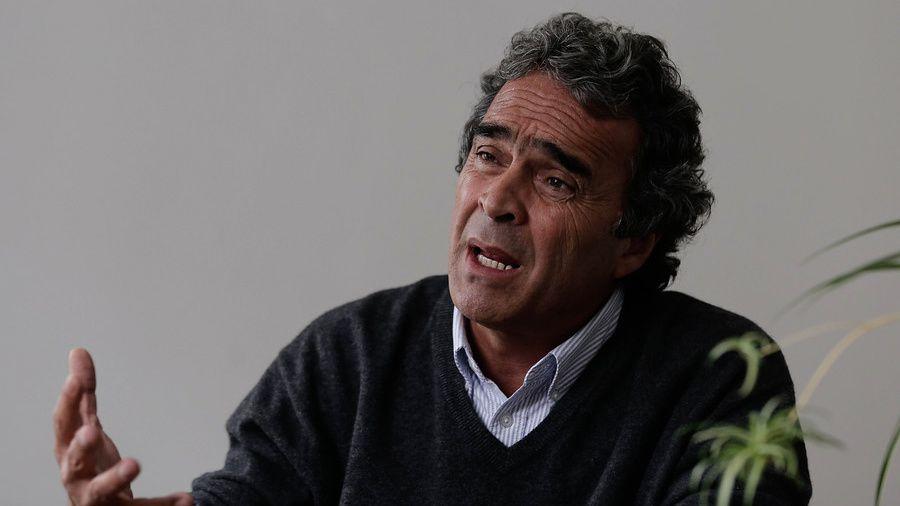 """Fajardo aseguró que no se retirará de la carrera a la presidencia, a pesar de """"estorbarle"""" a mucha gente. Foto: Colprensa"""
