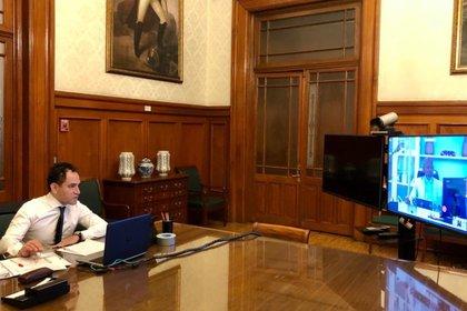 Arturo Herrera confía en que el conjunto de políticas fiscales que promueve el gobierno federal saquen a México del estancamiento (Foto: Twitter/@ArturoHerrera_G)