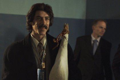 Solo para entendidos: Luisito Rey con la pata de jamón, en una de las mejores escenas de Jaenada