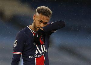 """""""Egocéntrico, insoportable y catastrófico"""": en Francia apuntan contra Neymar tras la eliminación del PSG de la Champions League"""