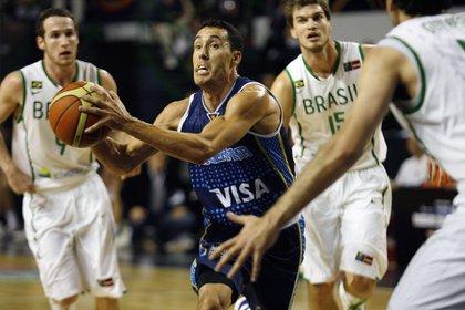 El ex base, con la indumentaria de la selección argentina (Noticias Argentinas)