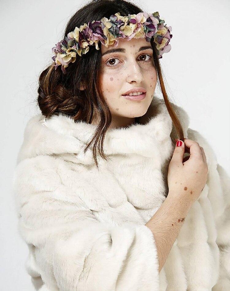 La historia de la modelo \'panda\' que hipnotiza a la moda con su rara ...