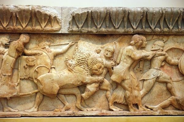 "Friso griego sobre las ""Guerras de Gigantes"""
