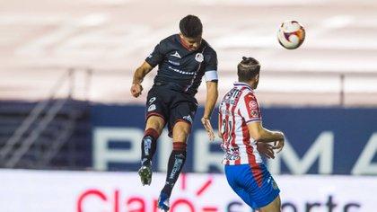 Nicolás Ibáñez fue el verdugo de las Chivas al anotar dos de los tres goles de los tuneros (Foto: Cortesía/ Atlético de San Luis)