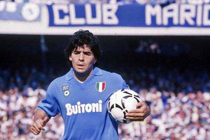 Maradona, ídolo máximo del club y de la ciudad de Napoles
