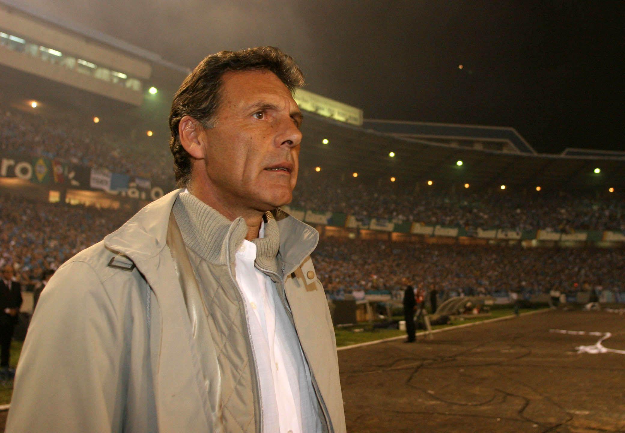 El Boca de Russo en 2007 sacó 10 puntos en los primeros seis cotejos por fase de grupos: si mañana le gana al DIM igualará esa marca con dos compromisos pendientes