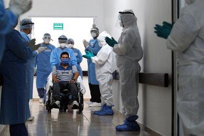 La tendencia hospitalaria va a la baja en la CDMX. (Foto: AFP)