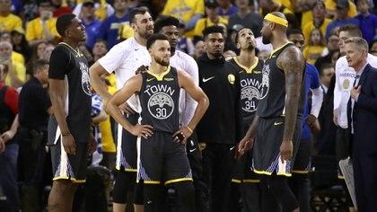 El futuro de los Golden State Warriors estará sujeto a las deciciones que tome Bob Myers en la Agencia Libre. Los principales casos serán los de Kevin Durant, Klay Thompson y DeMarcus Cousins (Getty Images/AFP)