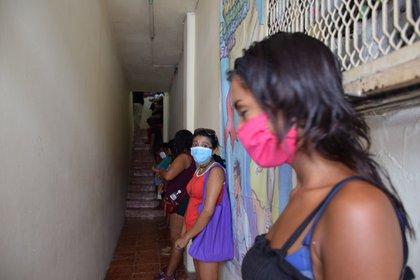 Sexoservidoras en crisis tras quedarse sin clientes por pandemia ...