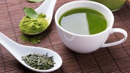 El extracto de té verde tiene potentes capacidades antioxidantes (iStock)