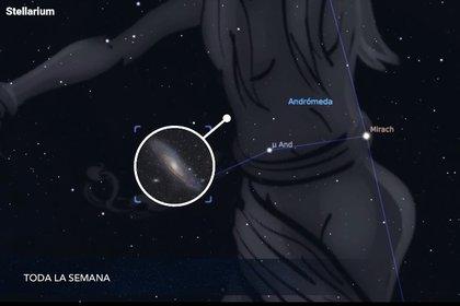 Después, traza una línea imaginaria desde Mirach hasta μ Andromedae. Al doble de la distancia que hay entre esas estrellas, descubrirás a Andrómeda (Foto: Red de Planetarios de Quintana Roo/Comité Nacional Noche de Estrellas vía Stellarium)
