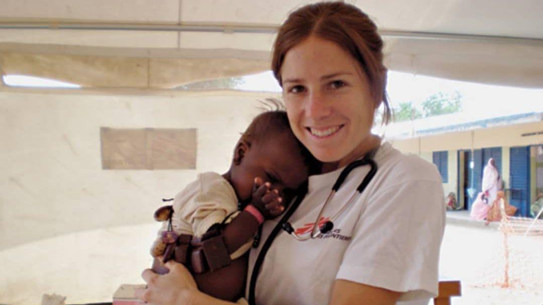 Durante muchos años, Male llevó a cabo trabajos de terreno en distinas misiones de Médicos sin Fronteras, especialmente en África.