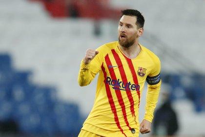 Lionel Messi empató el partido con un impresionante remate (REUTERS/Gonzalo Fuentes)