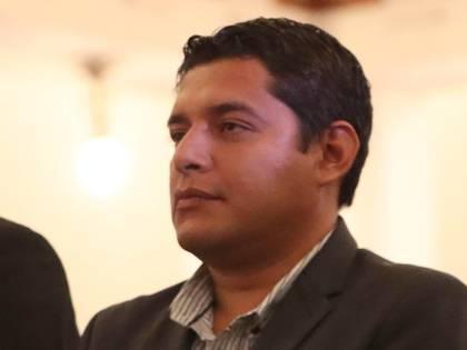 En la imagen un registro del ministro interino de Justicia de Bolivia, Álvaro Coimbra, declaró que hasta ahora pagaron unos 2,2 millones de dólares por 170 respiradores a la firma IME Consulting, pero restarían otros 1,4 millones según el contrato. EFE/Martín Alipaz/Archivo