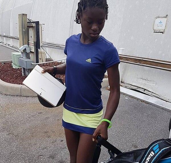 """Resultado de imagen para Quién es Mary Love Edwards, la """"Serena nigeriana"""" de 13 años que promete hacer historia en el tenis"""