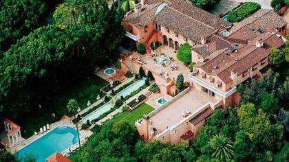 La increíble mansión de Beverly Hills
