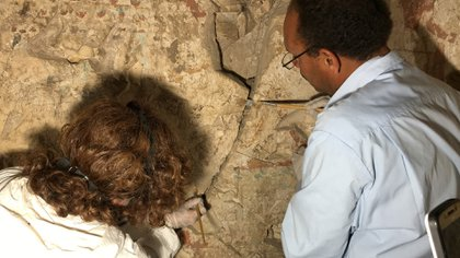 En las paredes encontraron imágenes referentes a Amenmose, a dioses egipcios y a la vida cotidiana de la época