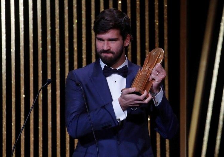 Alisson Becker fue elegido como el mejor arquero del mundo (Reuters)