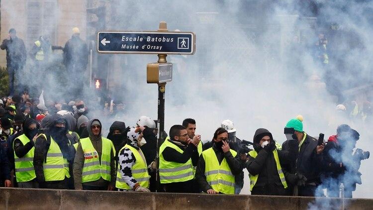 Manifestación en París de los chalecos amarillos (Reuters)