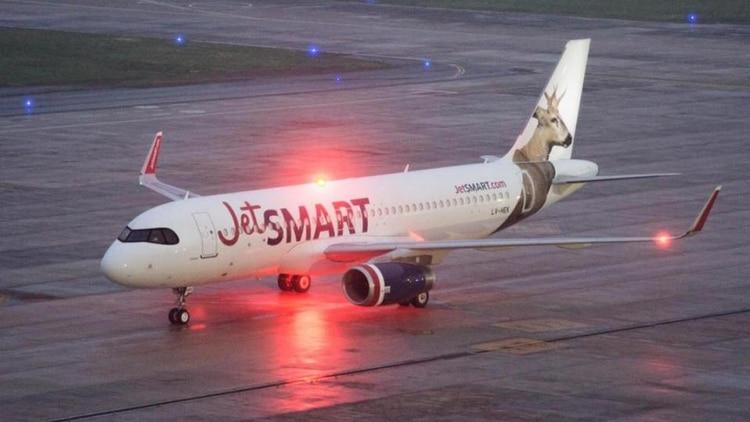 Avión de JetSmart en El Palomar