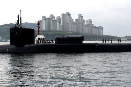 La llegada del USS Michigan a Busan, en Corea del Sur (Reuters)