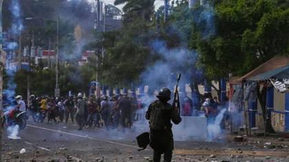 La represión dejó más de 350 muertos
