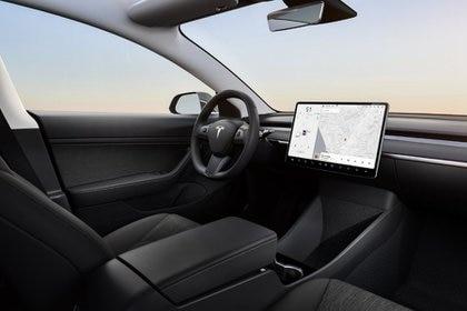 Las primeras unidades del Modelo Y se entregaqran a sus propietarios en el otoño de 2020 (Foto: Twitter/Tesla)