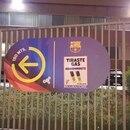 Los hinchas de River se burlan de Boca, en la previa del enfrentamiento del Xeneize contra Barcelona