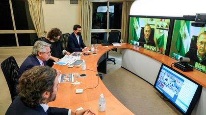 El Presidente tiene previsto conversar esta tarde con los gobernadores por teleconferencia
