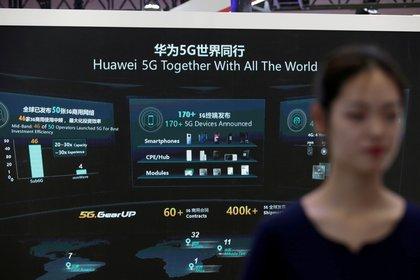 Información sobre el equipo 5G de Huawei durante la Exposición Mundial de 5G en Beijing, China (Reuters)