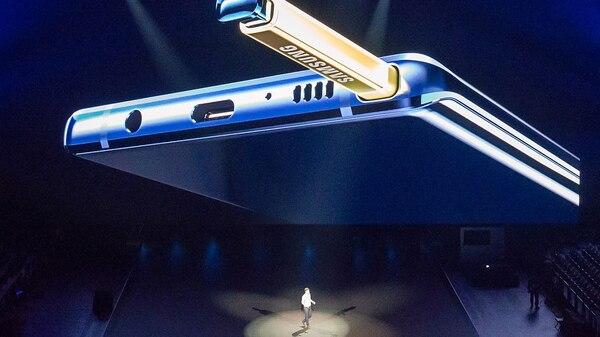 El lápiz óptico integra bluetooth.