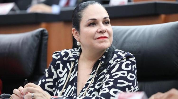Morena eligió a Mónica Fernández Balboa para ser la nueva presidenta del Senado (Foto: @allizesalgado)