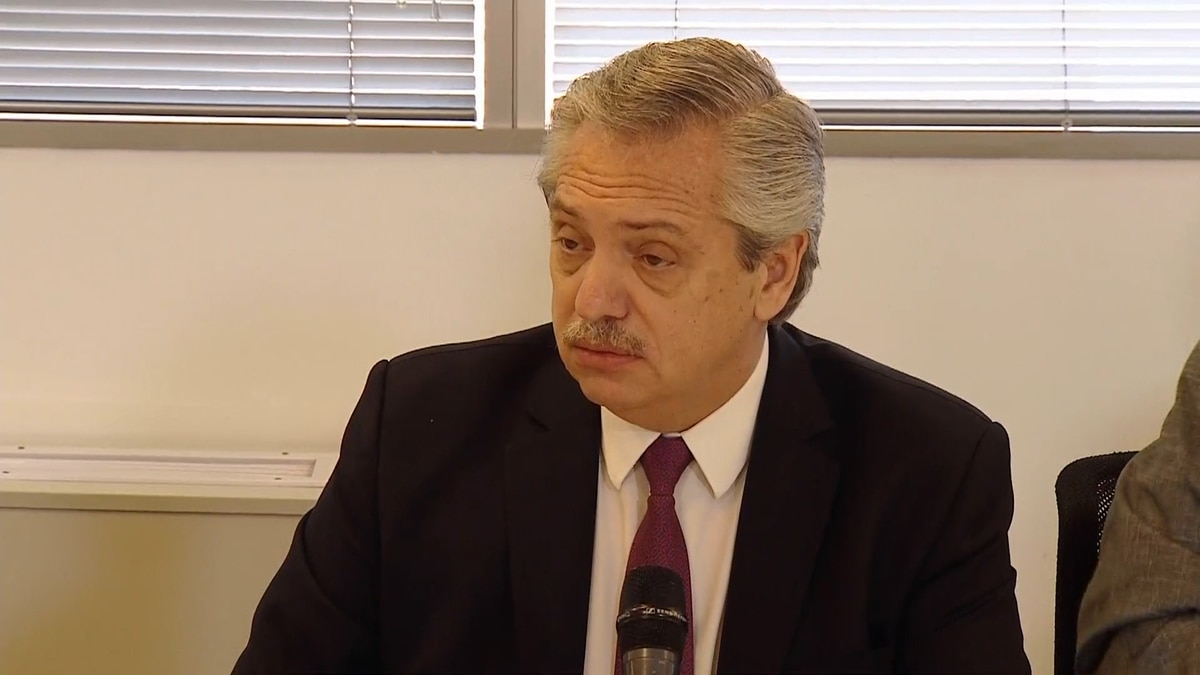 Alberto Fernández le comunicó a la embajadora de Israel que analiza derogar el decreto que declaró a Hezbollah como agrupación terrorista