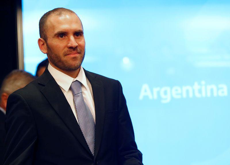 El ministro de Economía de Argentina, Martín Guzmán, en una conferencia de prensa en Buenos Aires Argentina . Foto de archivo 11 dic 2019. REUTERS/Mariana Greif
