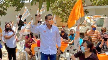 Torres Félix busca acumular el voto de protesta contra el PRI a nivel local y contra Morena a nivel federal (Foto: Cortesía)